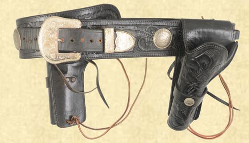 MEXICO DUAL HOLSTER LEATHER GUNBELT - C43517