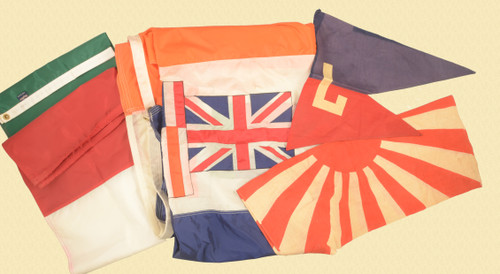 FLAGS LOT OF 4 - C43798