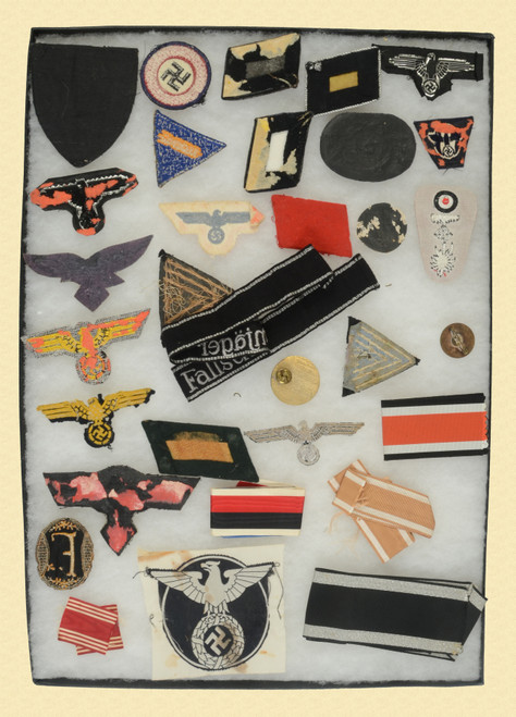 GERMAN WWII INSIGNIA AND PATCHES - C48040