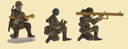 GERMAN 3 Toy (Nazi WWII) Soldiers - C48090