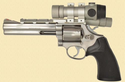 Smith and Wesson 686 - Z47045