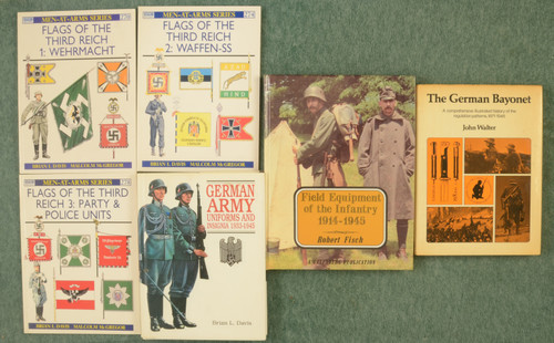 BOOKS WW II GERMAN MILITARY - C31212