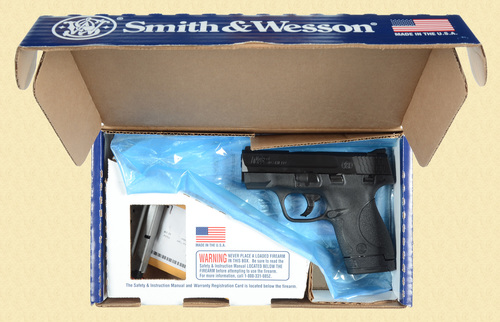 SMITH & WESSON M&P 40 SHIELD - D13245