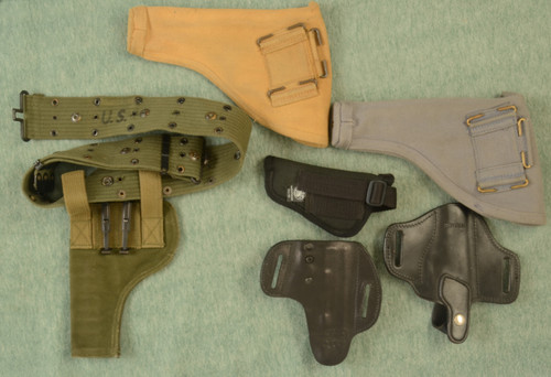 HOLSTERS LOT OF 5 - C33518