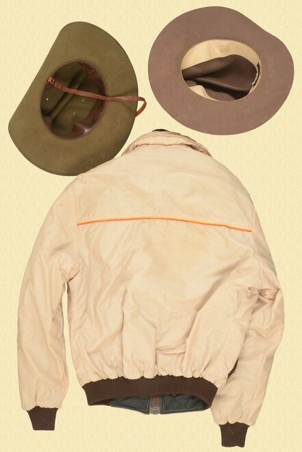 VARIOUS LOT OF JACKET AND HATS - C40069