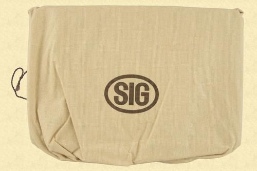 SIG P-210 PRESENTATION CASE