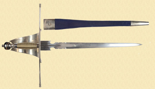 REPRODUCTION SPANISH SHORT SWORD - C19399