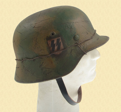 GERMAN WW2 HELMET - C37089