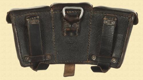 GERMAN WW2 AMMO POUCH - C13835