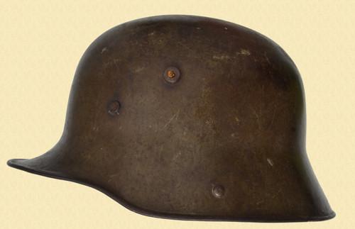 GERMAN M1916/M1917 TRANSITIONAL HELMET - C41597