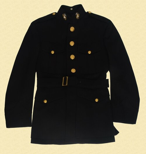 U.S.M.C. OFFICERS DRESS UNIFORM - C28863