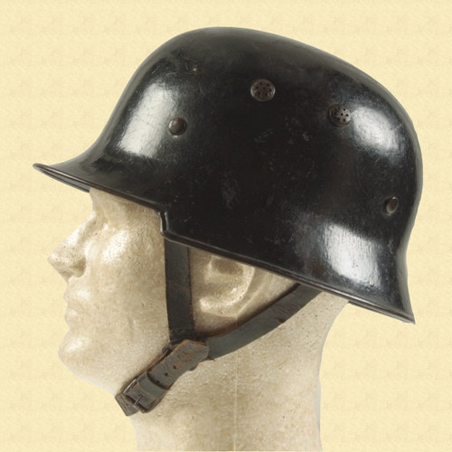 GERMAN HELMET - C11107