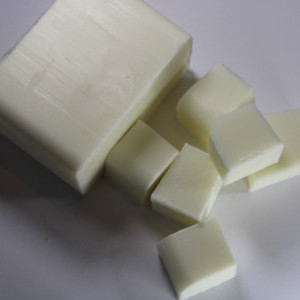 Goats Milk Melt and Pour Soap Base Cut