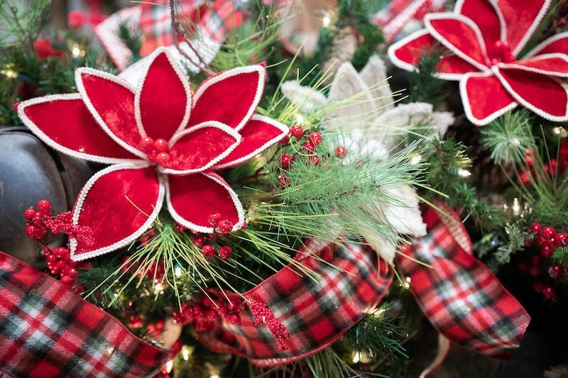 Farmhouse Christmas Tree Bundle Decorator S Warehouse
