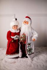 "16"" Mr. and Mrs. Santa Claus"