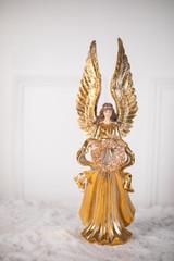 """22"""" Resin Raised Wing Elegant Angel w/Wreath"""