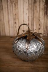Wide Pressed Metal Pumpkin Centerpiece Décor