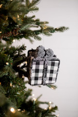 """4"""" Frosted Check Gift box Christmas Ornaments"""