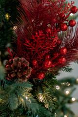 "13"" Glitter Berry/Cedar/Hard Pine Pick"
