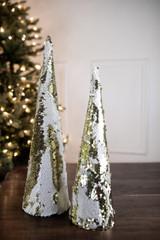 """16"""" Small Cone Tree W/ 2-Tone Spangles"""