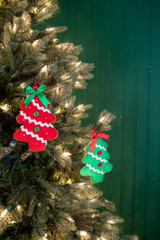 "6"" Felt Christmas Tree Ornaments Red Green"