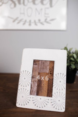 """9"""" White and Grey Metal 4x6 Picture Frame"""