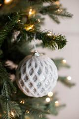 "4"" Glittered 2 Tone Net Ball Christmas Tree Ornaments"