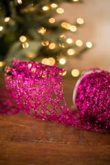 "6"" Fuschia Y Shape Wire Glitter Garland Ribbon"