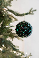 10 CM Emerald Honeycomb Ball Ornament