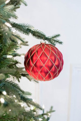 15 CM Red Matte Glitter Net Quilted  Ball Christmas Ornaments