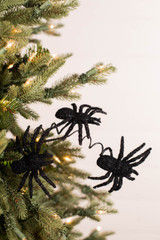 "17"" Flocked Spider Pick"