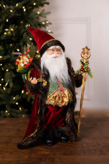 "18"" Standing Santa Dark Red Coat W/ Jewel/Bag/Staff"