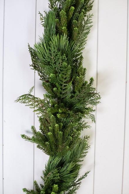 Deluxe Mix Pine/Cedar Cone Garland