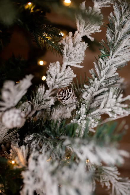 Snow Pinecone Mixed Pine Needle Spray