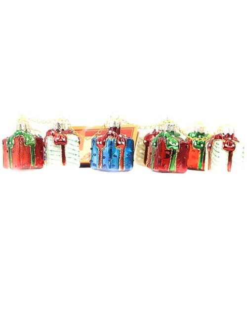 "18"" Garland Gift Box"