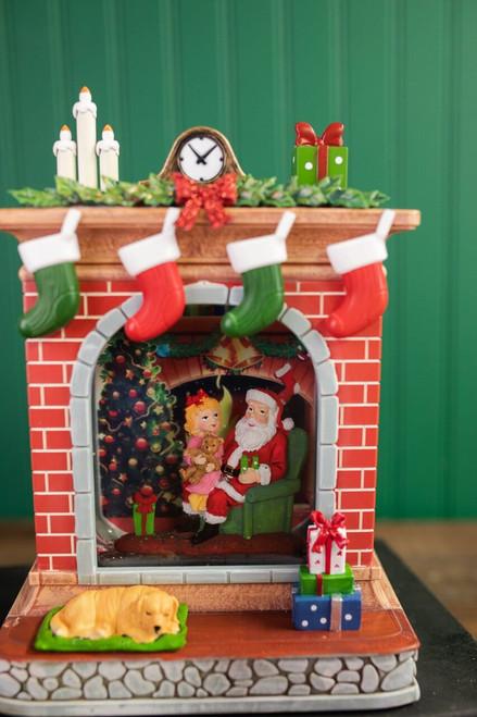 "10"" LED B/O Santa Fireplace Water Globe"