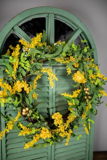 "24"" Primrose and Golden Wreath"