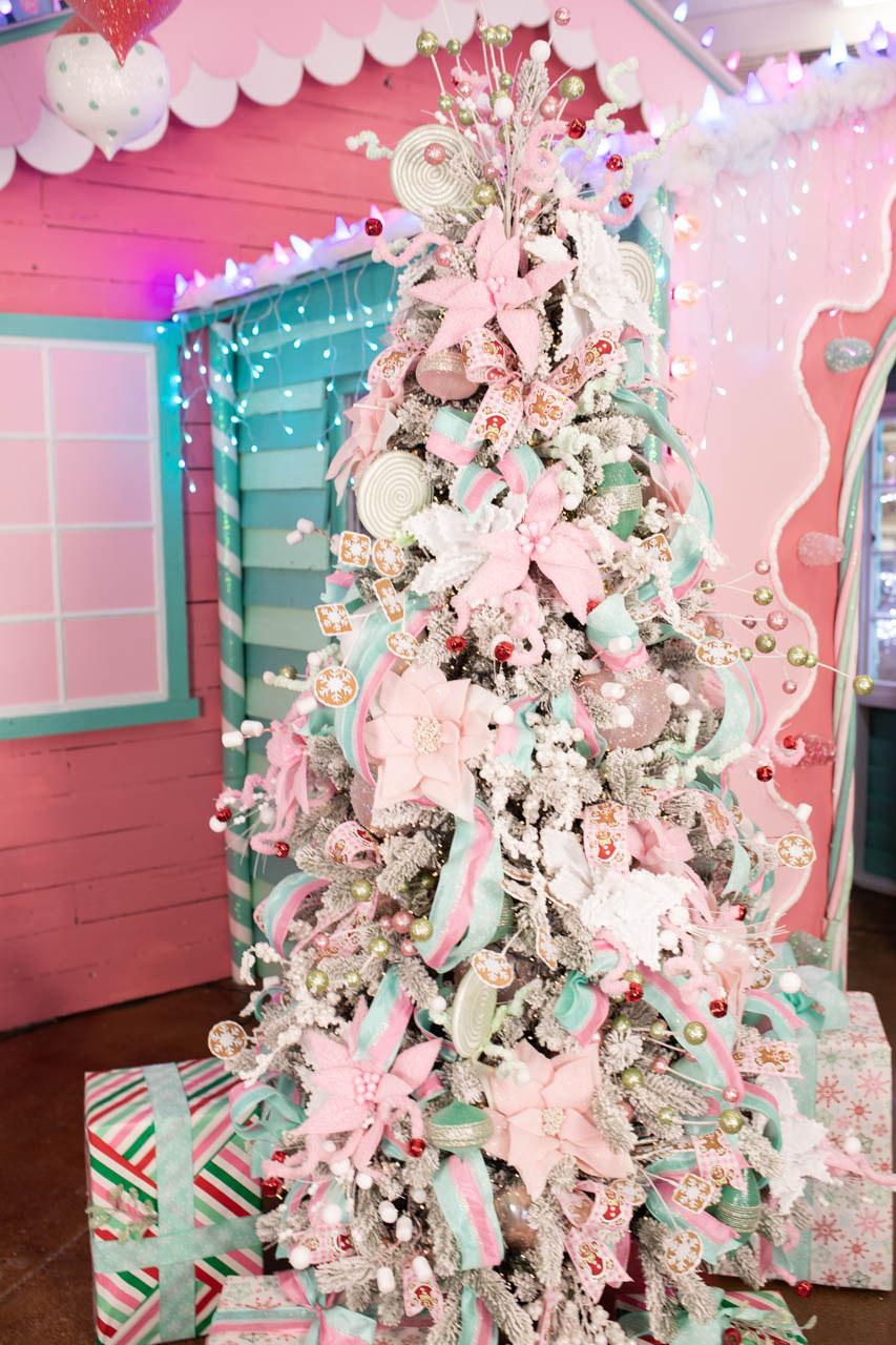 Santa's Sweet Shoppe
