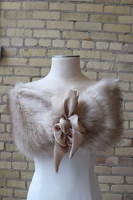 Fox Vegan Fur with Bow