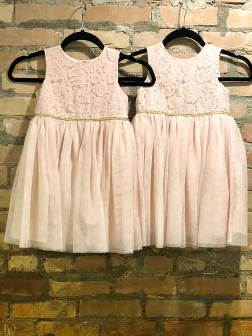 Size 5T | Mia & Mimi