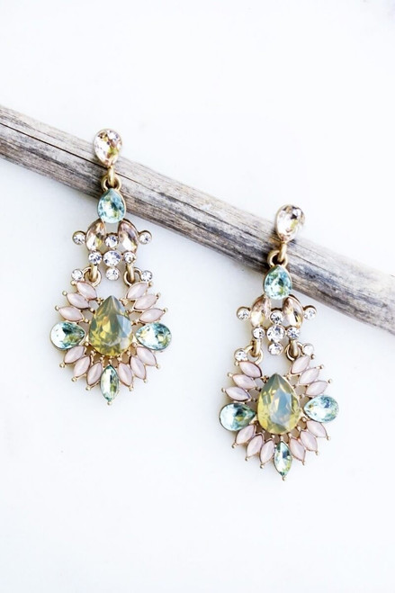 Cooper airy earring. A subtle hint of color makes this Art Deco earring shine.