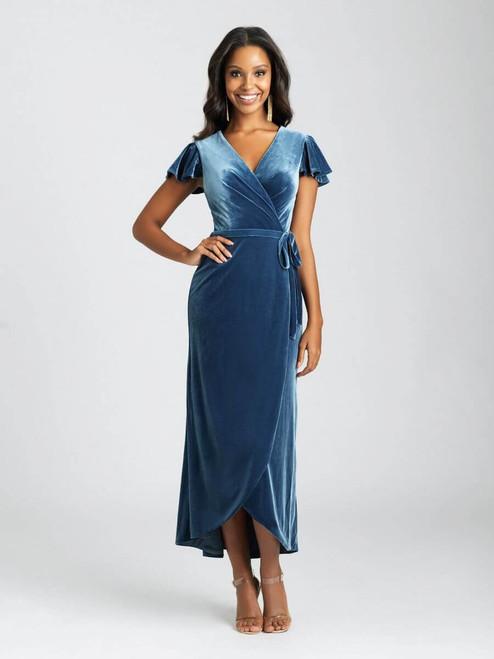 This velvet midi dress features a feminine cap sleeve and faux-wrap effect.