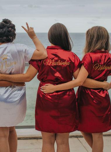 Bridesmaid shirts & gifts
