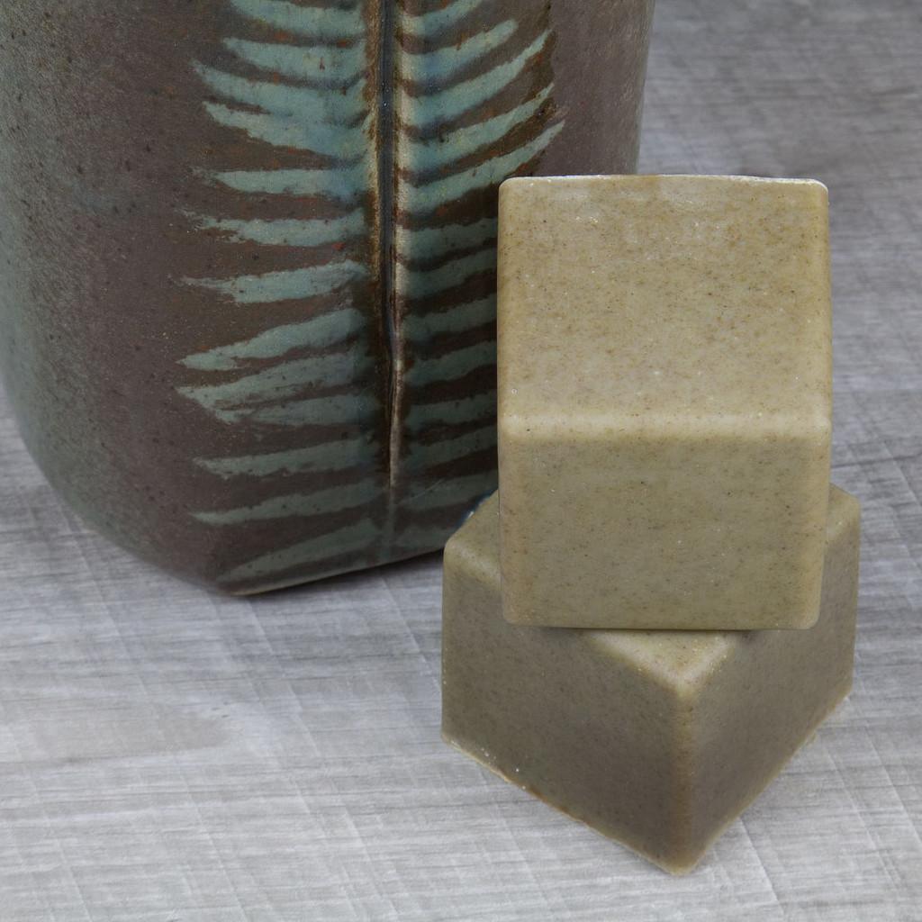 Comfrey Spirulina Soap