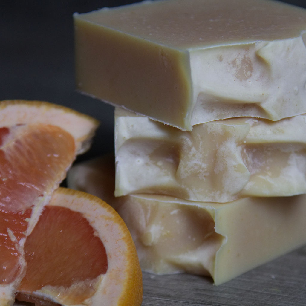 Grapefruit-Litsea Soap image 3
