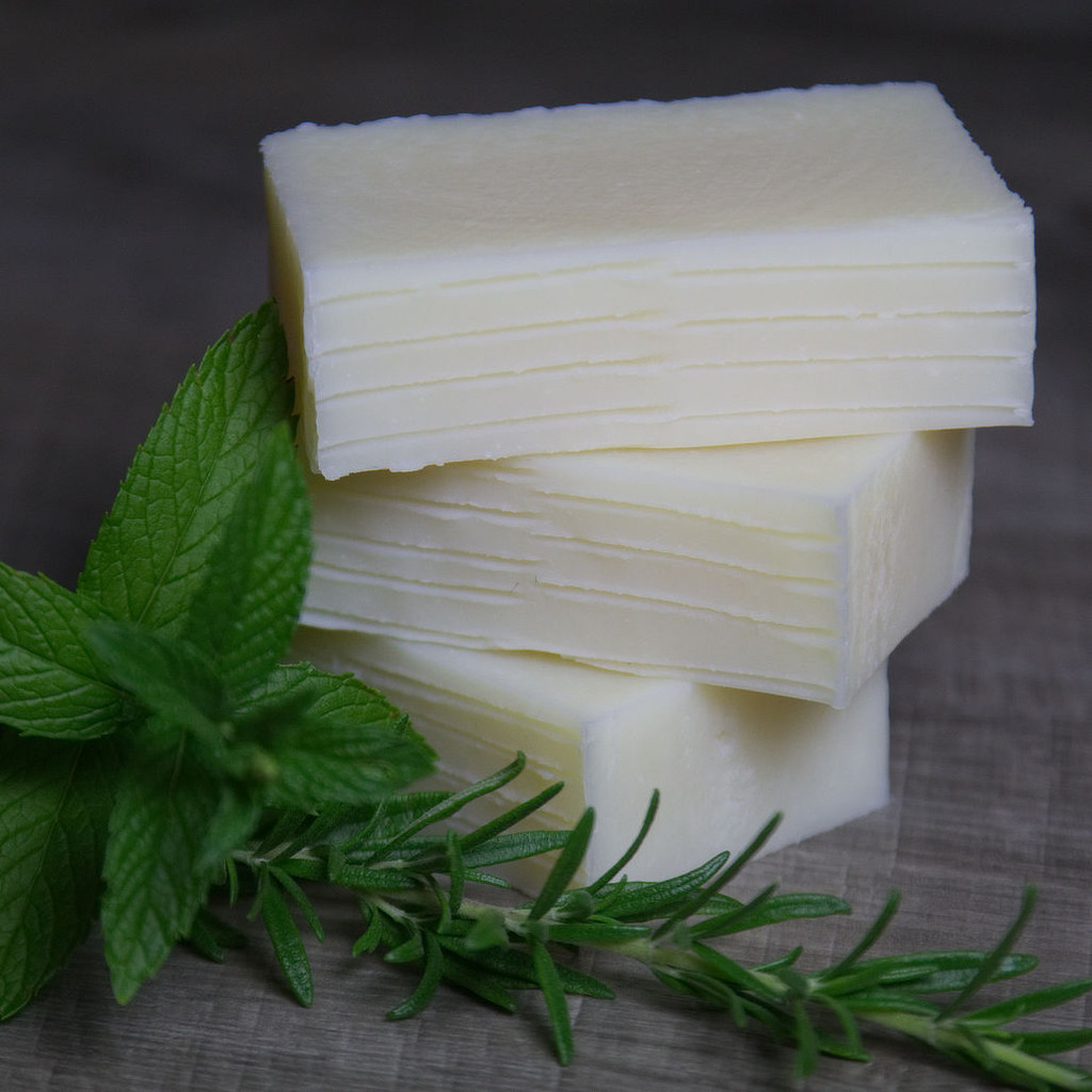 Rosemary-Mint Shampoo Bar image 1