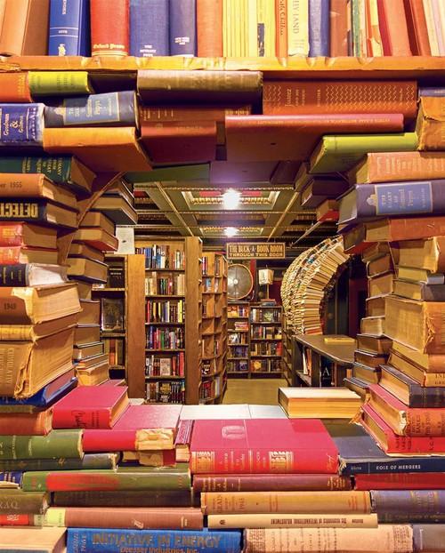 Book Shop Jigsaw Puzzle - 1000 Pieces