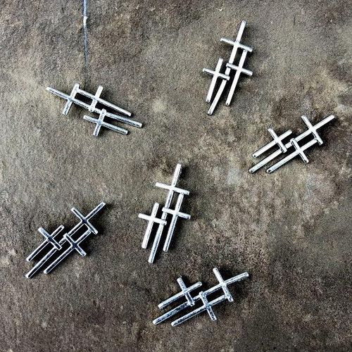 3 Crosses Charm
