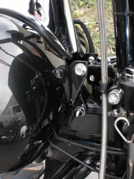 Bung King Dyna Tank Lift - '05 and Earlier Dyna
