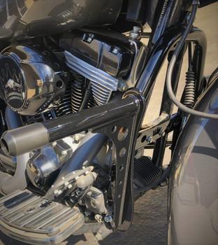 Bung King - Harley Bagger Highway Peg Crash Bar